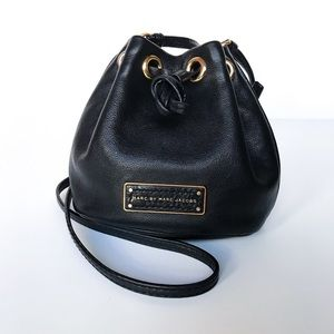 Marc by Marc Jacobs • mini bucket bag